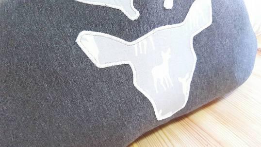 Tour de lit nuage cerf gris clair et gris anthracite - décoration de chambre bébé garçon