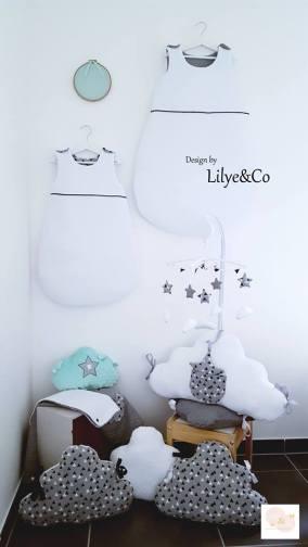 Décoration chambre bébé scandinave noir et blanc
