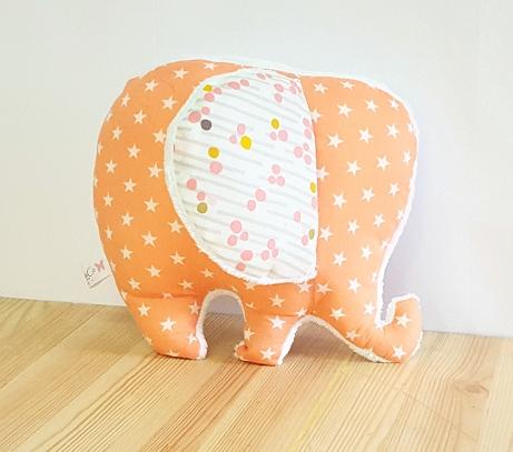 coussin doudou éléphant bébé