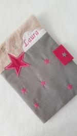 Protège carnet de santé rose gris nuage étoile personnalisable prénom