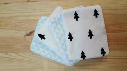 Lingettes lavables bleu noir blanc sapin triangle