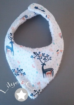 bavoir bandana cerf bleu blanc corail
